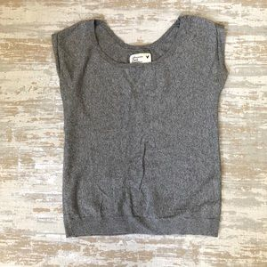 American Eagle Grey Knit Top